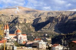 レバノンで の 人気の 学校と大...