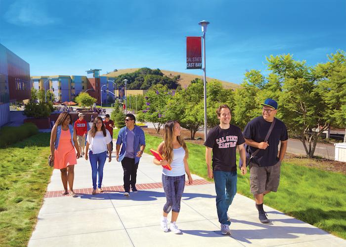 110395_110248_StudentsalongRAWwalkway_UCom.jpg