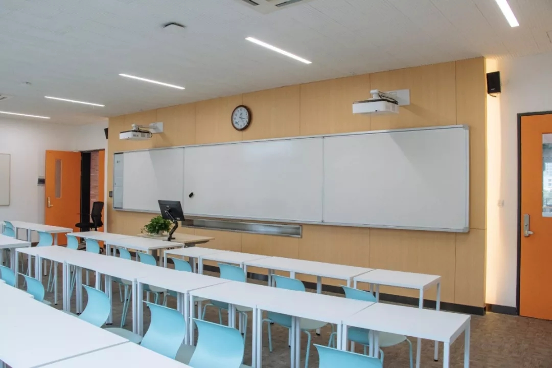 115711_classroom2.jpg
