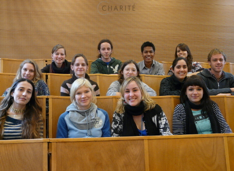121300_121085_students-medical-neurosciences_460x337.jpg