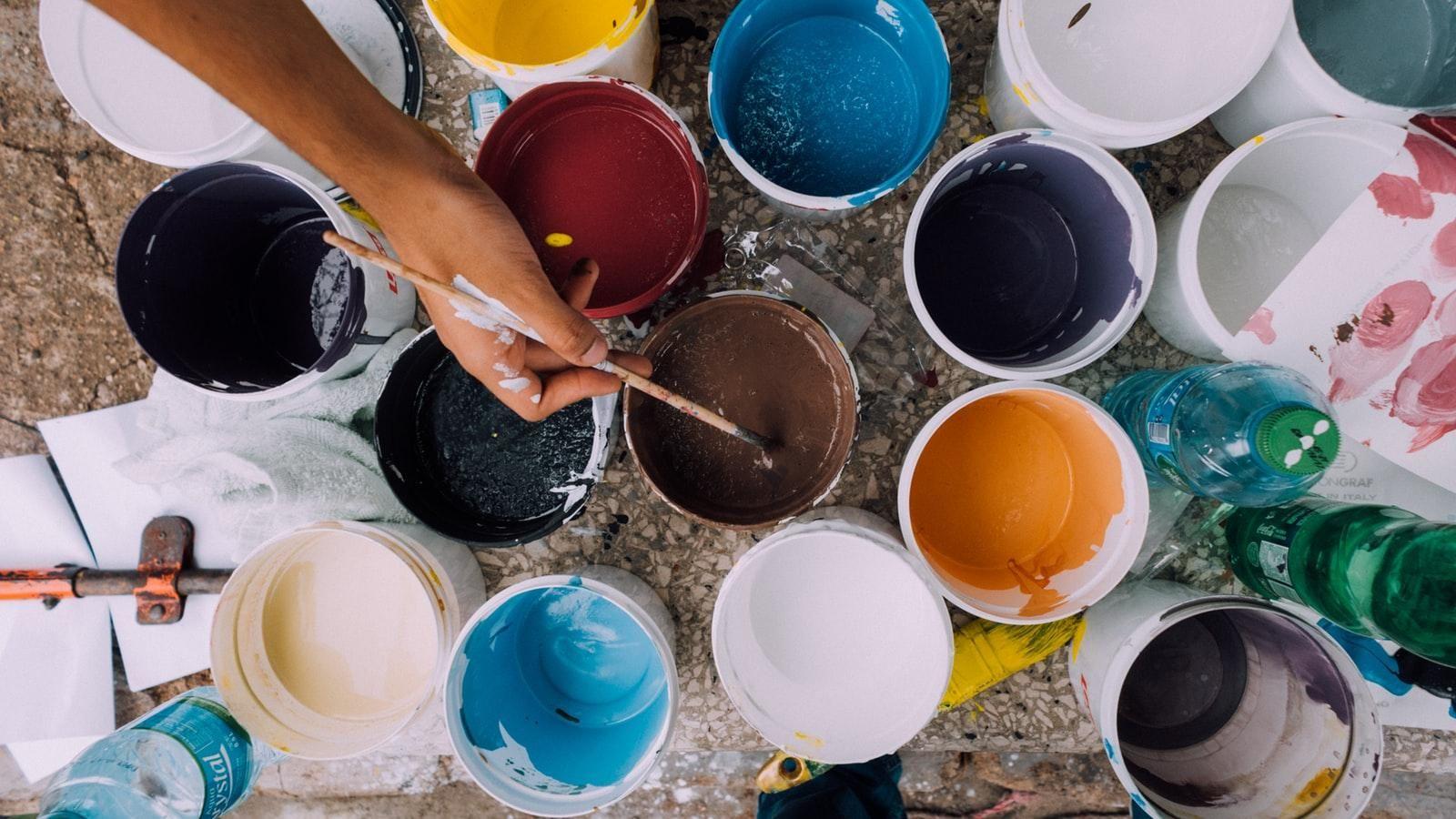 Many different paint pots