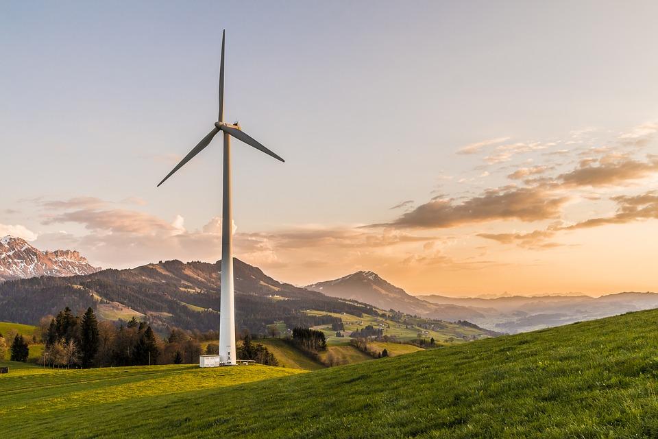125979_wind-turbine-2218457_960_720.jpg